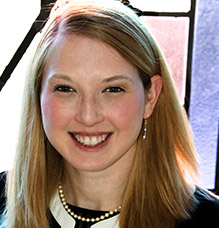 Headshot of Rabbi Nicole Guzik